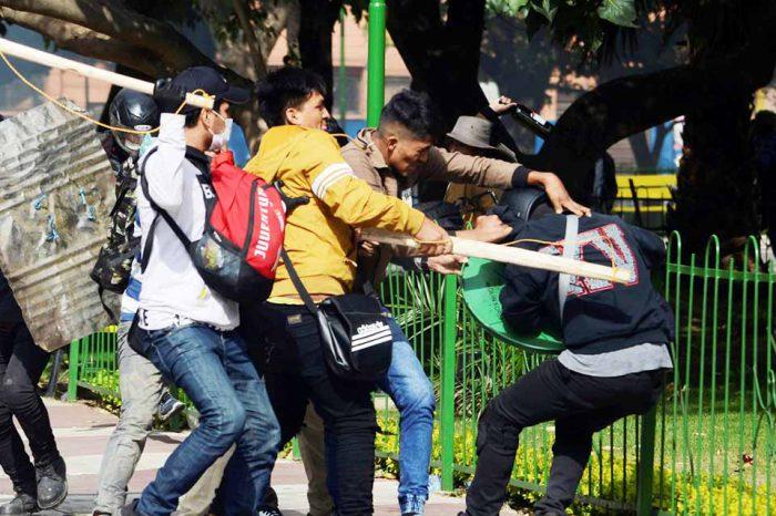Muere joven en Bolivia tras choques de partidarios y detractores de Evo