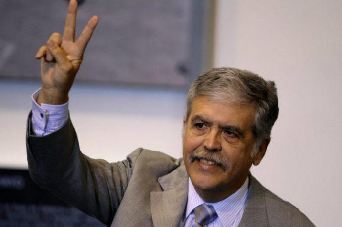 Nuevo gobierno kirchernista excarcela a exministro Julio De Vido