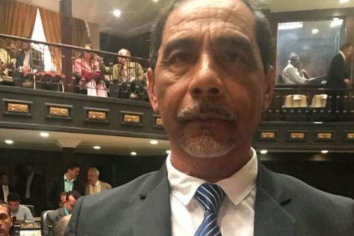 Dgcim allanó la casa del diputado Fernando Orozco