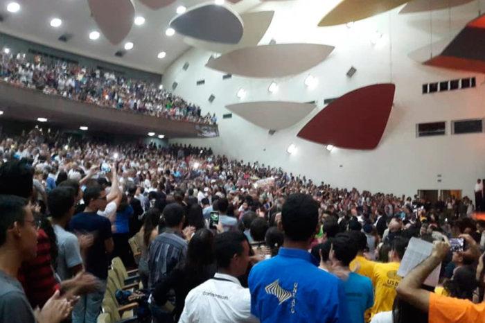 Disfraz jurídico antiuniversitario, por Gioconda Cunto de San Blas