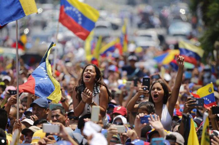 Abran paso que llegaron los jóvenes, por Pedro Luis Echeverría