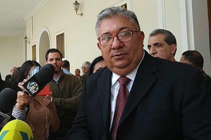 Diputado Pirela mostrará pruebas sobre quién financió su viaje a Europa