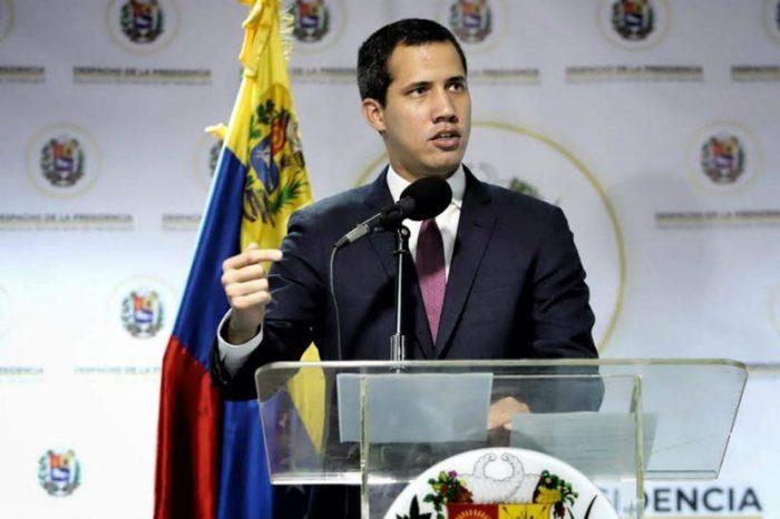 Guaidó despoja de funciones a diputados implicados en trama de corrupción