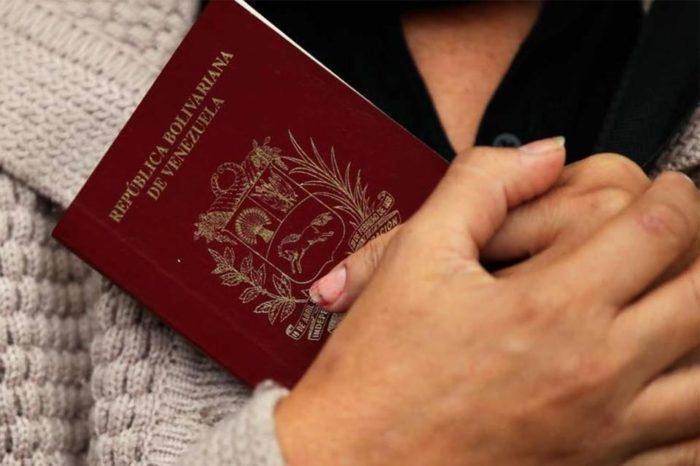 Panamá aceptará pasaportes vencidos de los venezolanos