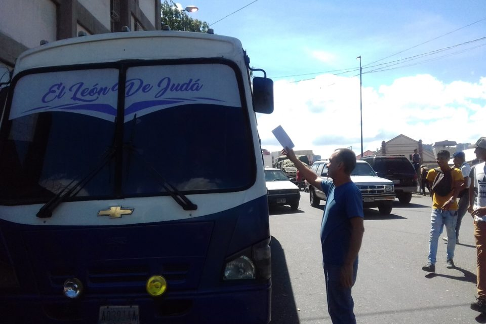 Terminal conductores Caracas-La Guaira acuerdos