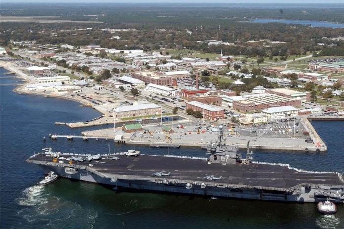 Tiroteo en una base naval de Florida deja cuatro muertos