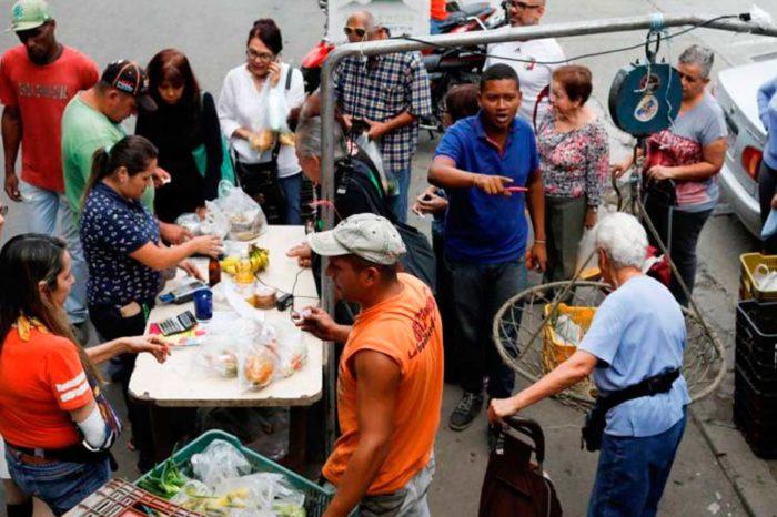Venezolanos se alimentan a punta de cereales y tuberculos, la carne quedó fuera del plato