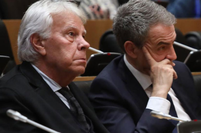 Rodríguez Zapatero y Felipe González desnudan división en España por apoyo a Guaidó