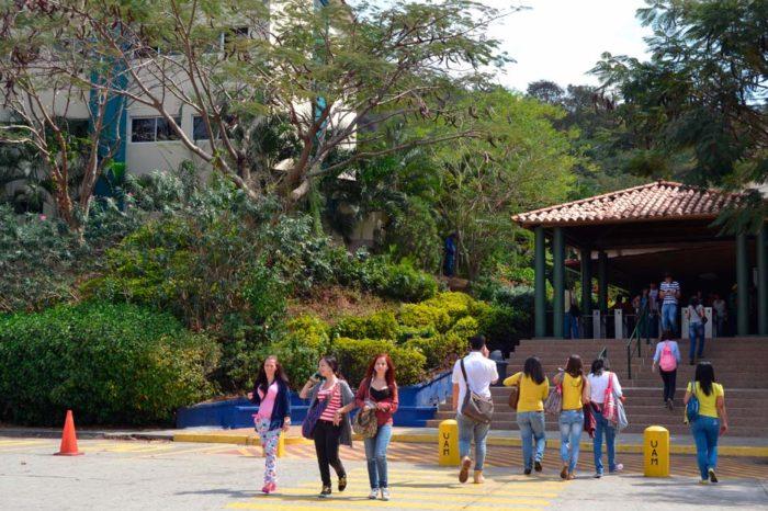 Alza en el precio de la matricula en la UAM aleja a los estudiantes de las aulas