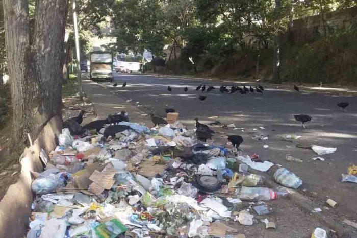 Caricuao se consume entre basura, fallas de servicios públicos y abandono gubernamental