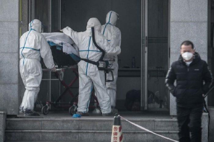 China se esfuerza por contener un fortalecido coronavirus