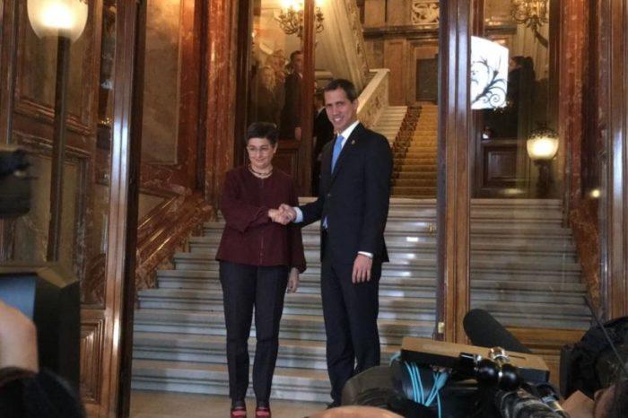 uan Guaidó, con la Ministra de Relaciones Exteriores del Gobierno español, Arancha González Laya