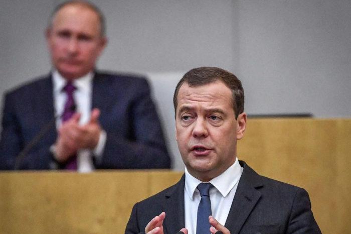 Renuncia gobierno de Rusia por desacuerdo con reformas anunciadas por Putin