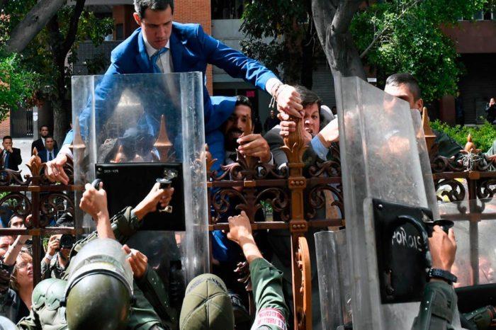 No al golpe parlamentario, por Roberto Patiño