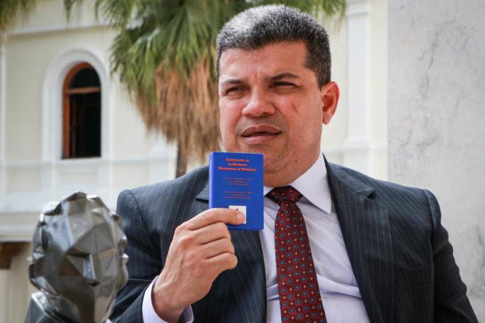 campaña de Luis Parra