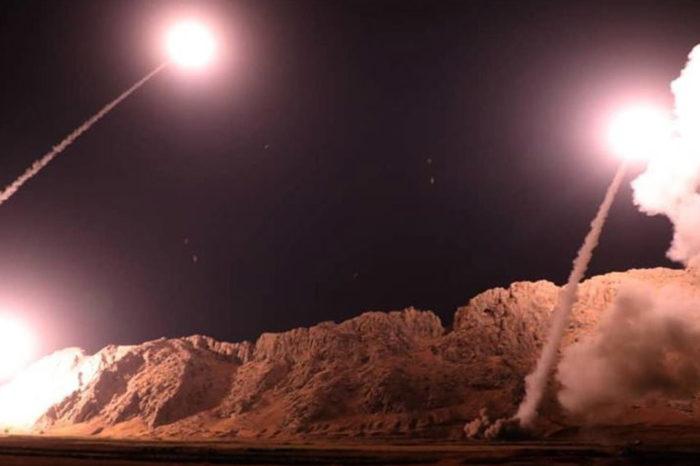 Irán disparó cohetes a base militar de Irak que alberga tropas de Estados Unidos