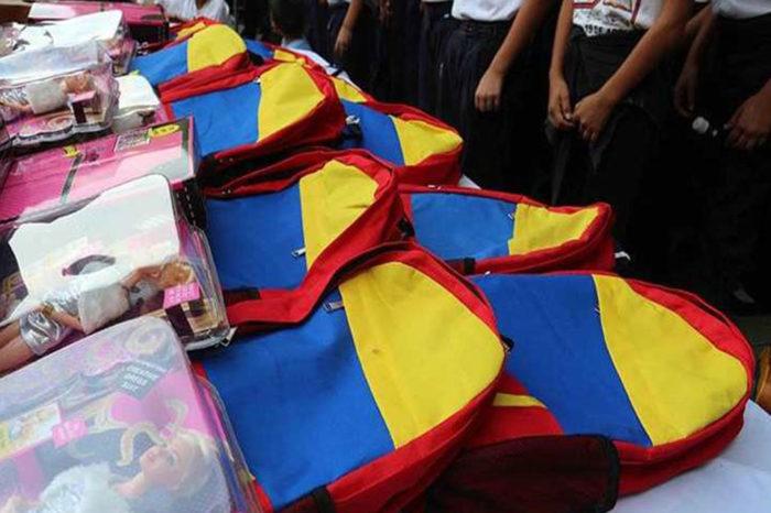 En Falcón denuncian que los morrales tricolor no son para todos los niños