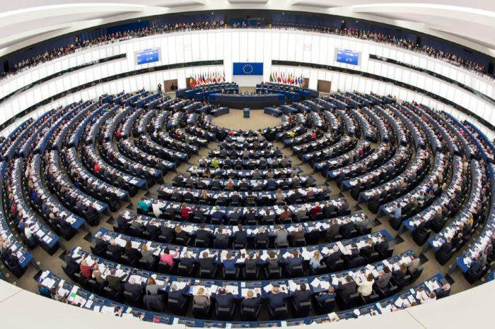 Parlamento Europeo ratificó su reconocimiento a Juan Guaidó