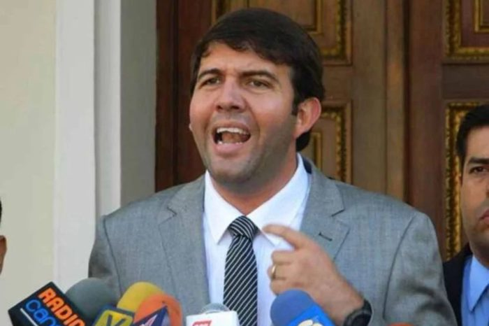 Carlos Prosperi: 88 diputados hubieran votado en Plenaria a favor de Guaidó el #5Ene