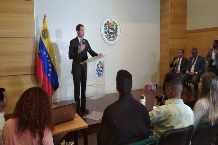 """Guaidó anuncia """"retorno"""" de Venezuela a la Comunidad Andina de Naciones"""