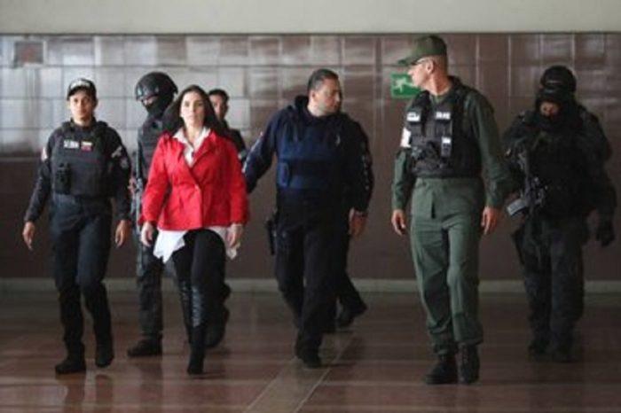 """Régimen de Maduro """"monta un show"""" en torno a audiencia de exsenadora Aída Merlano"""