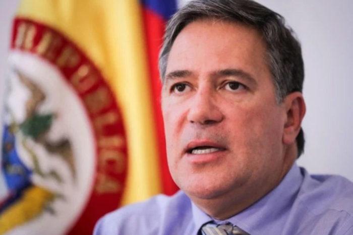 Encuentran laboratorio de cocaína en finca del embajador colombiano en Uruguay