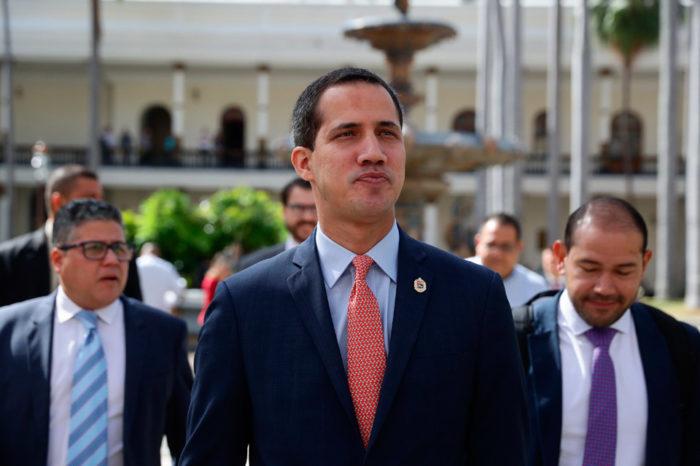 """Guaidó no acudirá a la Fiscalía el #2Abr y tilda de """"usurpador"""" a Tarek William Saab"""