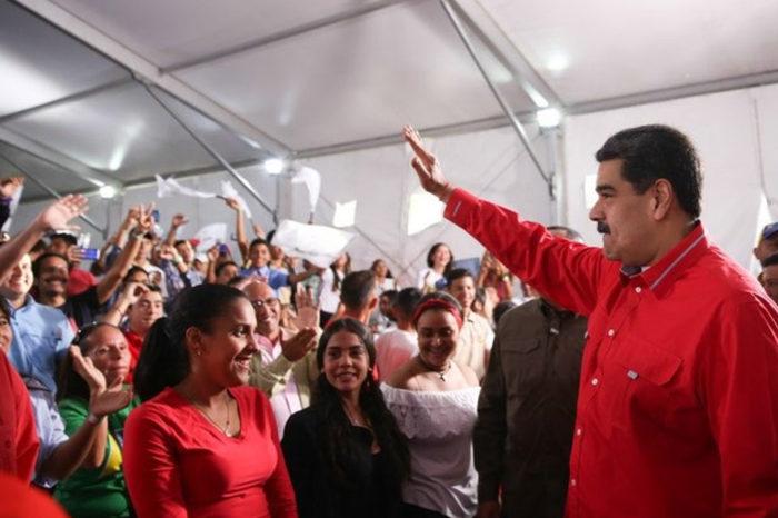 Maduro revela cifras de carnetización del PSUV que no reflejan su apoyo popular