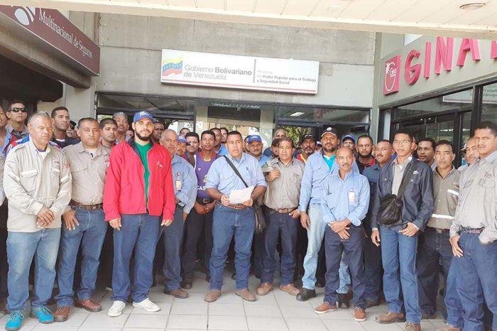 Policía militar persigue y amenaza con cárcel a trabajadores de Sidetur en huelga