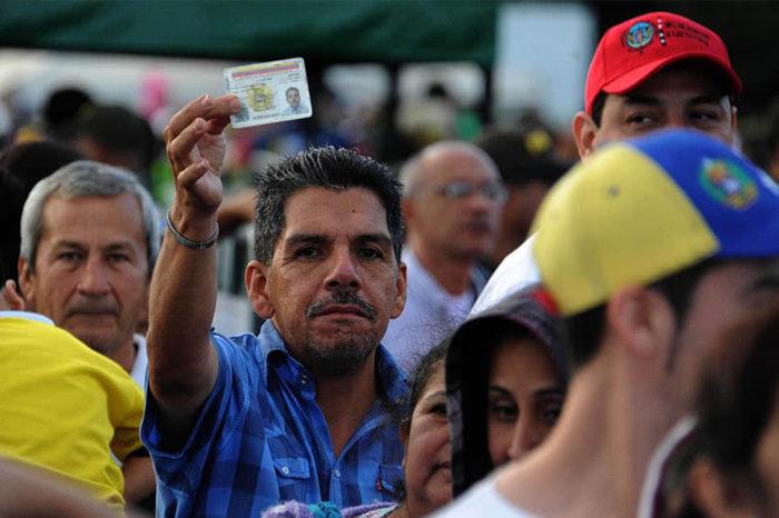 FMI: Inmigración venezolana estimula la economía de Colombia
