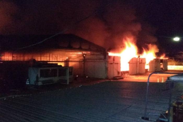 "Incendio provoca pérdida total de ""material estratégico"" en almacén de Cantv en Valencia"