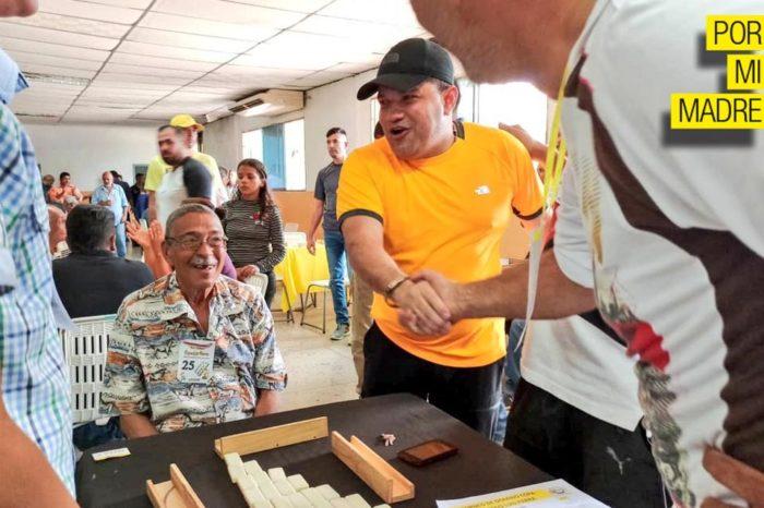 Luis Parra propone reencuentro nacional a punta de cochinas y juego trancado