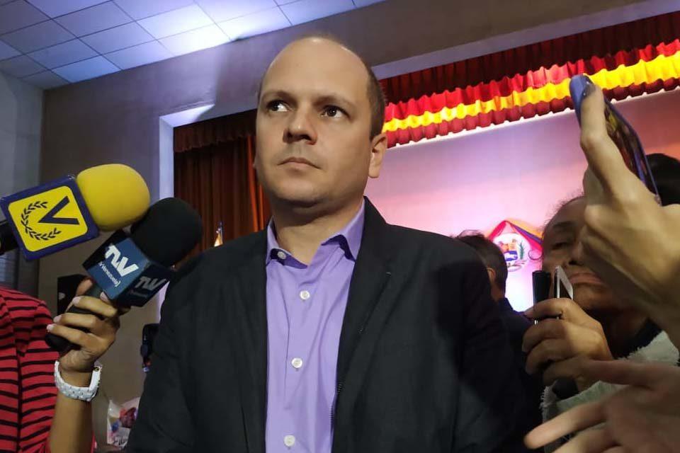 presidente Comité Postulaciones Electorales Angel Medina