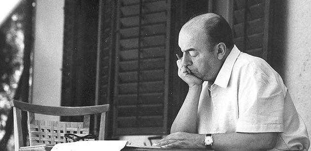 A propósito de un soneto de Neruda, por Fernando Mires