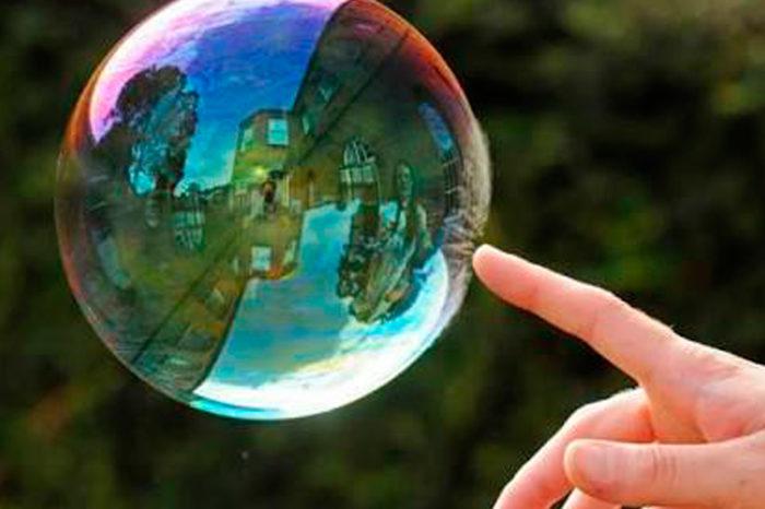 Romper las burbujas, por Simón García
