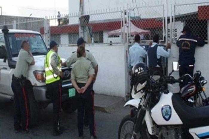 Denuncian violación de DDHH por muerte de 35 reos fugados del retén de San Carlos