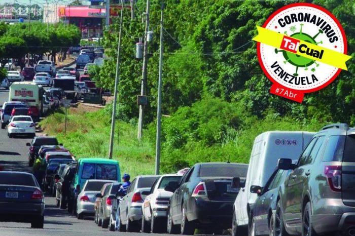 Escasez de gasolina y restricciones por covid-19 se agudizan en el interior del país