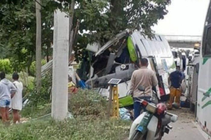 Autobús que repatriaba venezolanos en Colombia