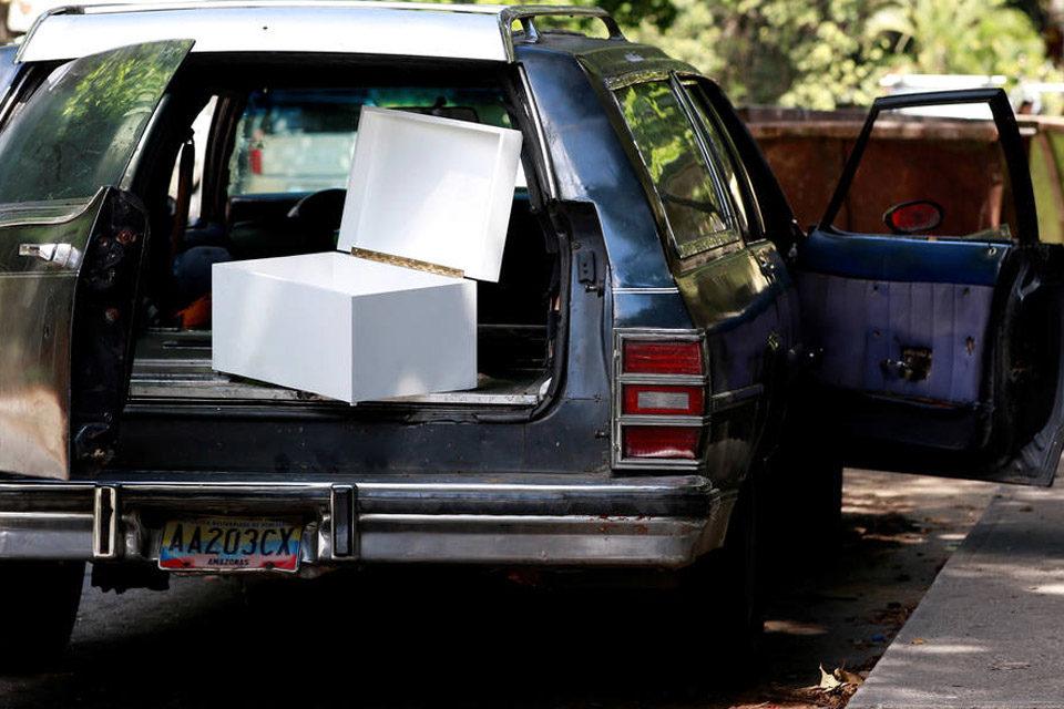 Escasez de gasolina amenaza operatividad de funerarias y cementerios