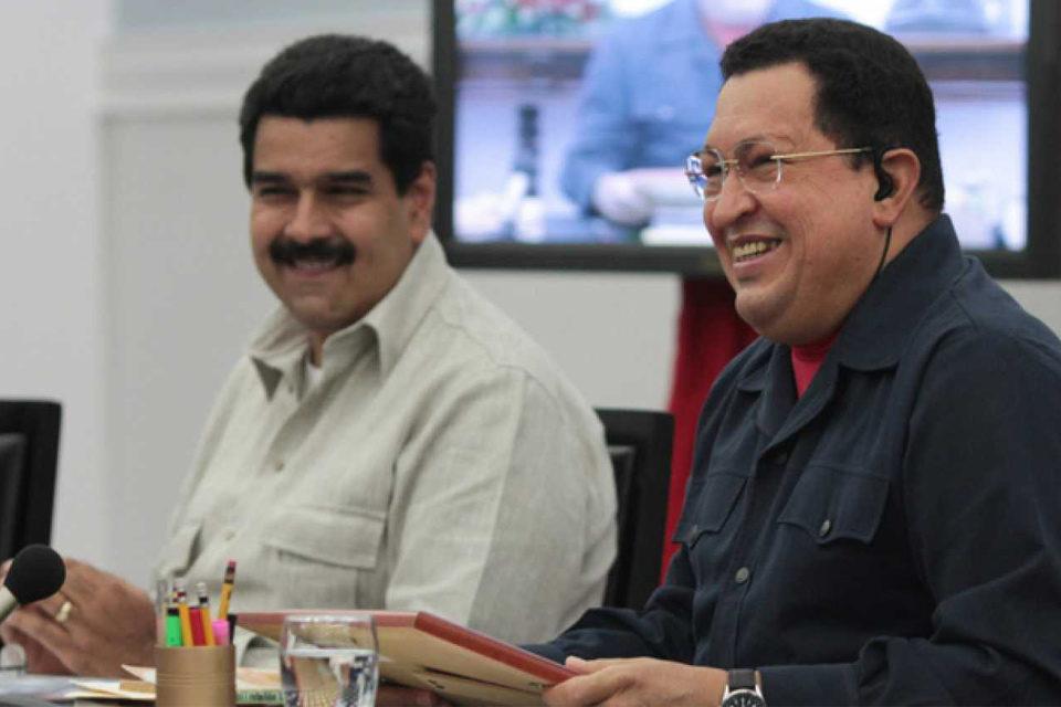 Maduro chavez Movimiento 5 estrellas