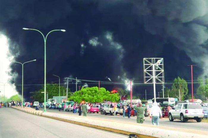 Reportan incendio en planta de Pdvsa Gas en Tía Juana