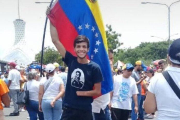 Joven detenido en la urbanización Sucre por protestar recibió casa por cárcel
