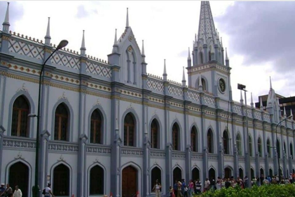 Palacio de las Academias vacunación