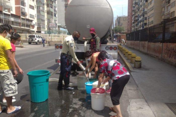 Cisternas - escasez de agua potable