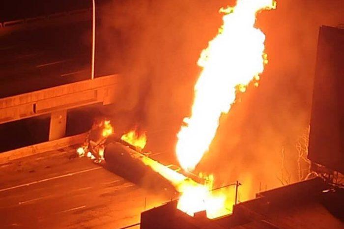 Gandola cargada con gas se incendió en la autopista Francisco Fajardo este #23May