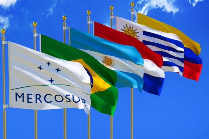 En plena Cumbre del Mercosur, por Félix Arellano