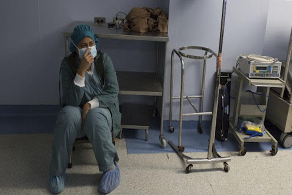 Respuesta humanitaria- trabajadores Personal de salud enferma de covid-19