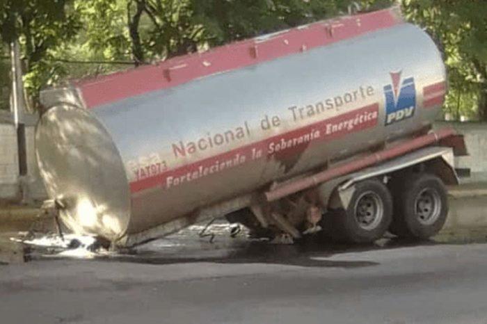 En Maracay, gandola de Pdvsa derrama carga de gasolina