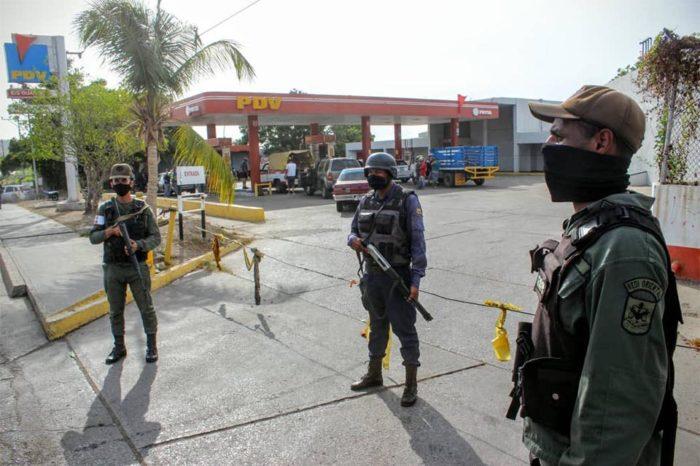 Productores y ferieros denuncian que altos funcionarios de la GN administran bombas