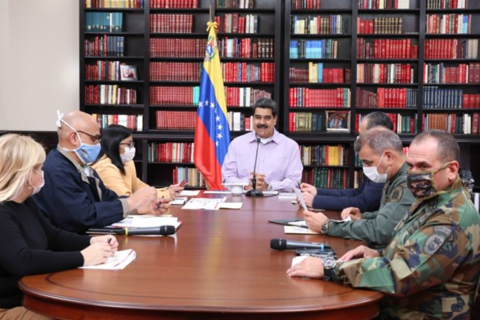 Maduro casona covid-19